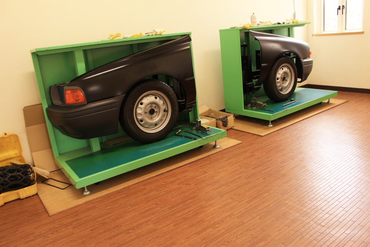 タイヤ交換室